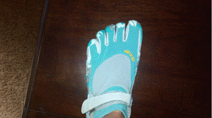 vibram_five_finger_shoe